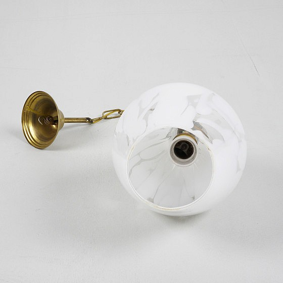 TRIJEKOSI_Murano_white_brass_ceilinglight_08