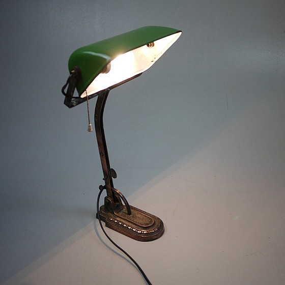 TRIJEKOSI_copper_green_desklamp_04