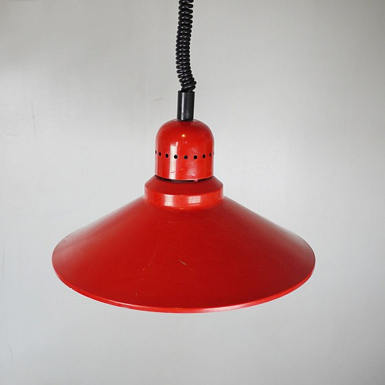 TRIJEKOSI_Red_metal_pendant_industrial_05