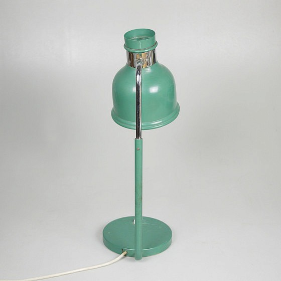 Trije-kosi-industrial-office-table-lamp-green-4