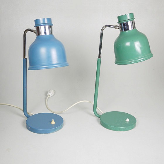 Trije-kosi-industrial-office-table-lamp-green-and-blue-1