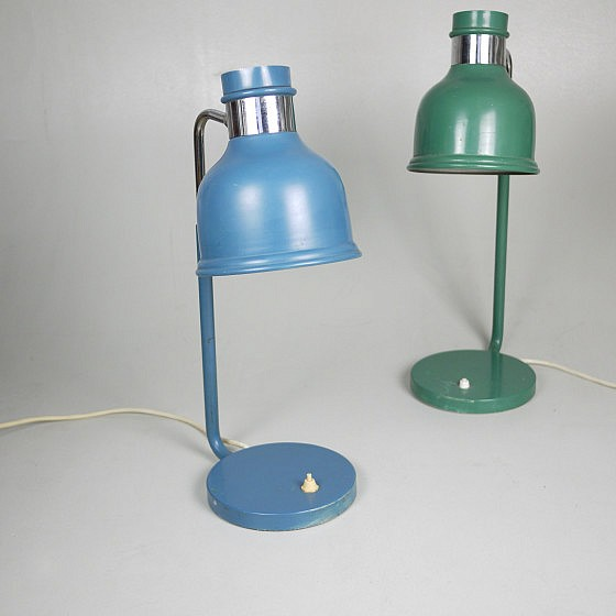 Trije-kosi-industrial-office-table-lamp-green-and-blue-2